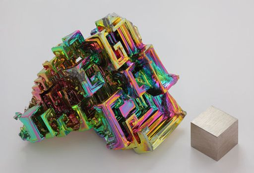 Bismuth oxide iridescent surface layer on bbismuth crystals. Photo: Wikipedia.org.