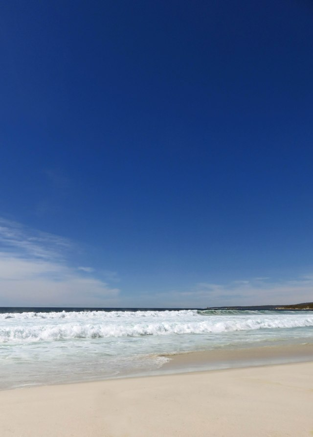Bay of Fires Beach Tasmania Background. Photo: David Clode.